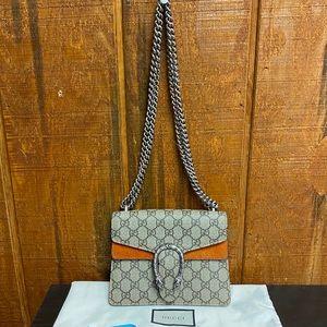 Gucci 421970 Dionysus GG Supreme Mini Bag